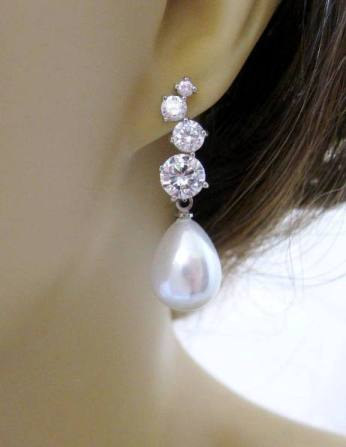Pearls for brides