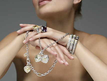 5 tips to improve your image with jewels