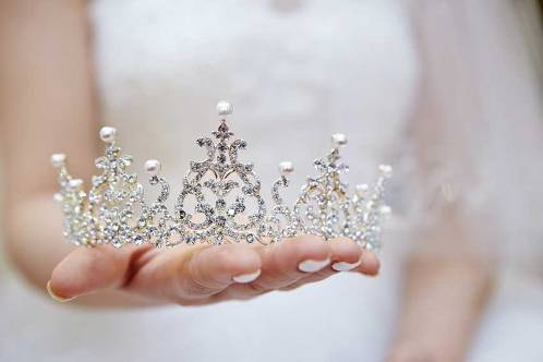 tiaras for wedding