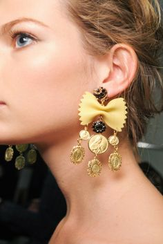 jewelry wear to a party